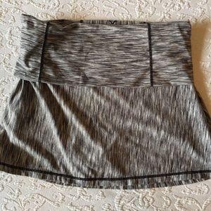 PrAna l foldover waist yoga skort in black/white